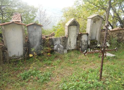 Cimitero di Reneuzzi