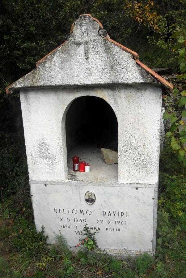Tomba di davide Bellomo, l'omicida-suicida di Reneuzzi