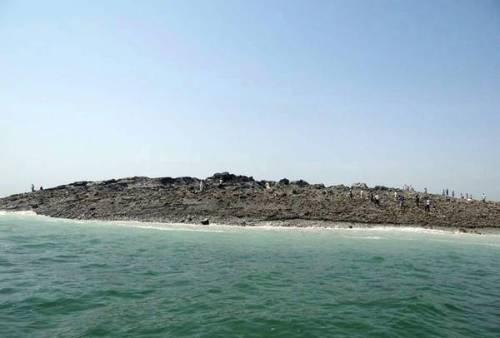 Isola Ucronia, 2013 Pakistan